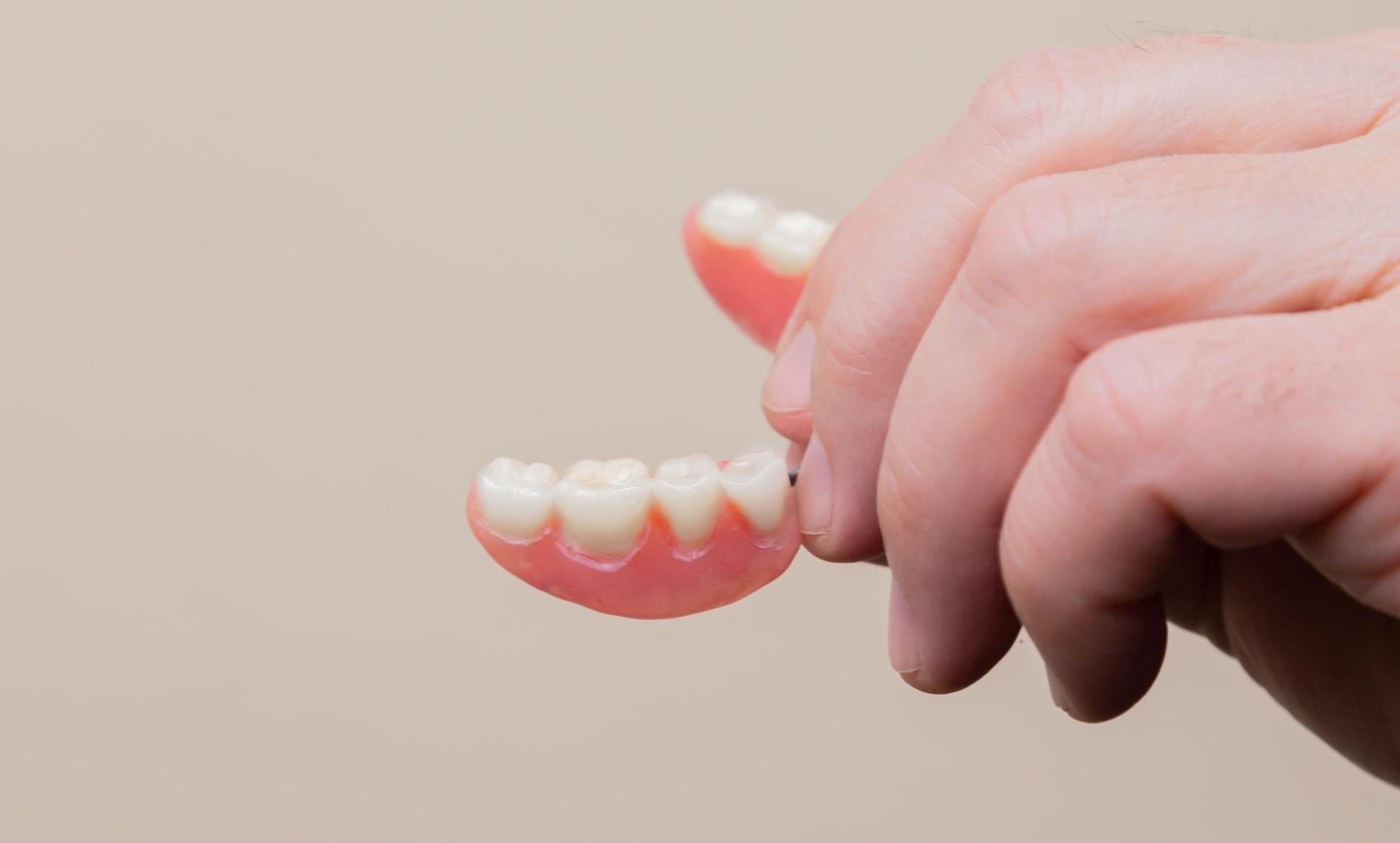 потеря зубов